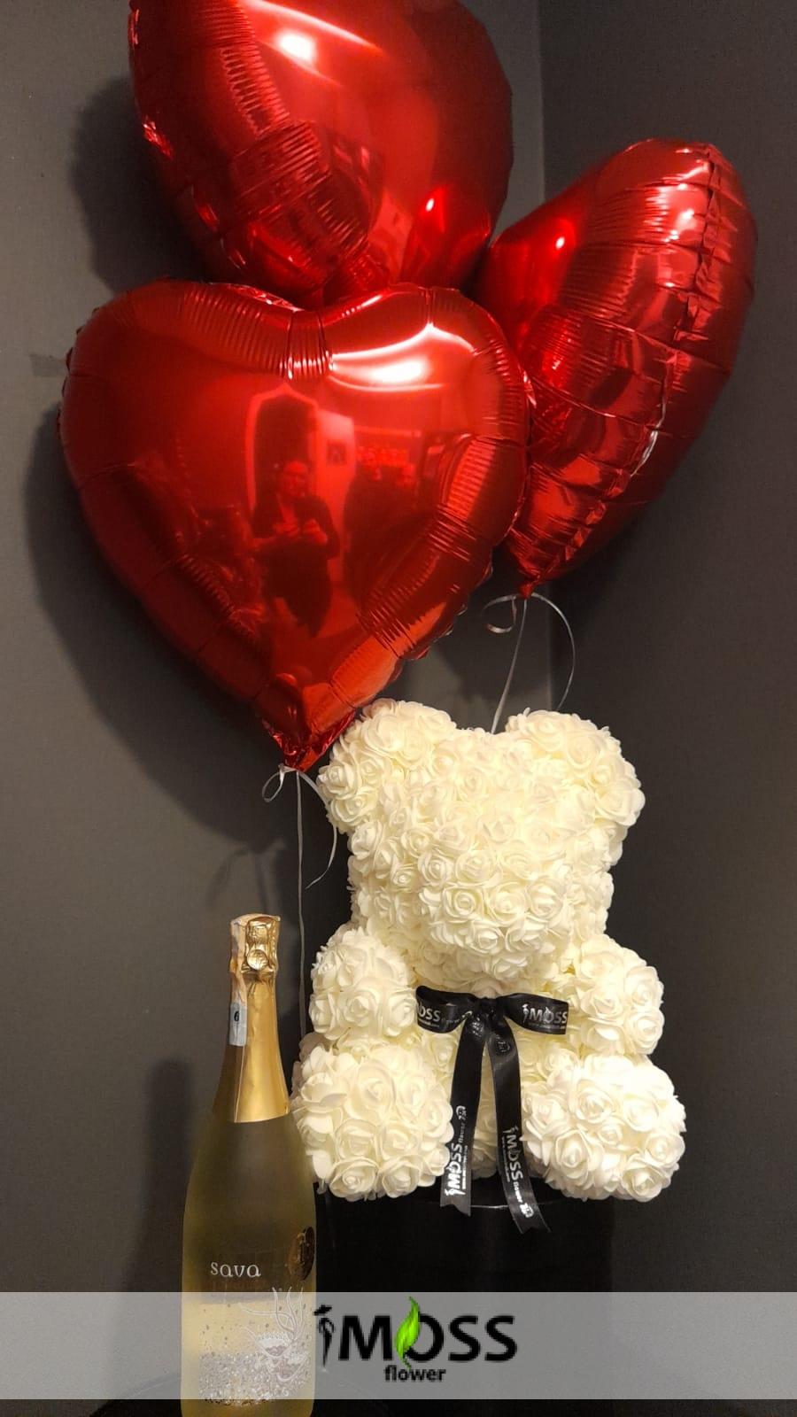 güllerden ayıcık,balonlarla,şampanyasıyla